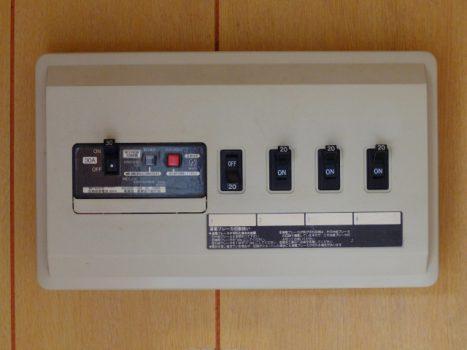 漏電しているかを簡単にチェックする方法!症状や原因も紹介します